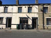 1 Bedroom house To Let, Parrat Row, BD3