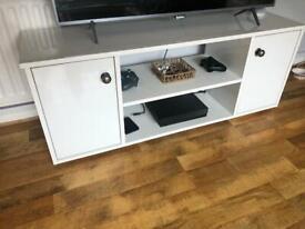 High gloss white tv unit