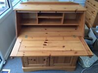 Solid light wood writing desk/bureau