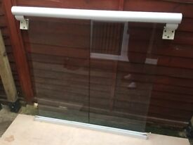 Juliette balcony glass/aluminium