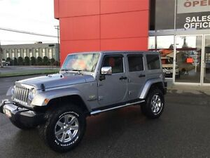2014 Jeep Wrangler Unlimited Sahara 4X4, Leather, Local, NEW Tir Comox / Courtenay / Cumberland Comox Valley Area image 1