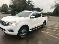 Nissan navara np300 2016 2,3dci double cab like brand new
