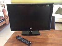 22 inch LG LED HD TV with Freeview