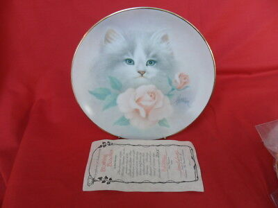 Hamilton Collection, Petal & Purrs Collectors Plate - Blushing Beauties