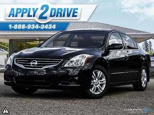 2012 Nissan Altima 2.5 Black and Hot! Take a L@@K