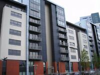 Spacious 2 bedroom unfurnished apartment, close to west end and city centre. (Ref 156)