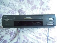 Toshiba VHS Video Recorder - Minimal Use
