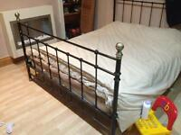 Metal 4post bed 6ft