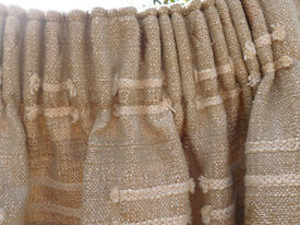 "SINGLE CURTAIN 144"" WIDE X 84"" DROP - GOLD NATURAL COLOUR - TEXTURED FABRIC - EXCELLENT CONDITION"