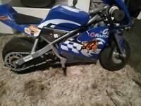 Electric motor bike razor pocket rocket