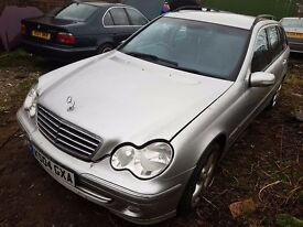c220 d w203 most parts 744 and black