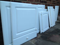 15 Kitchen Cupboard Doors & Panels Assorted Sizes Chilton Gloss White, All With Handles, Some Hinges