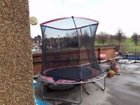 Trampolin for sale, have been used but have instruccions and missing pieces, 20 pounds,