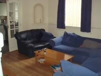 F/F DOUBLE ROOM £280pm ALL BILLS INCLUDED NO DEPOSIT!!