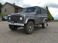 2010 Land Rover Defender low milage