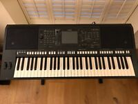 Yamaha PSR S750 Arranger Workstation Keyboard (almost new condition)