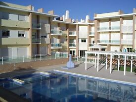 Luxury 2 bed apartment to let, Alvor, Algarve, Portugal. 5 Min drive From Beach and Town. WiFi.