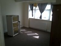 Wembley, Large 4 bed house for working people, close to shops