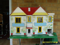 50's style Dolls House in need of restoration