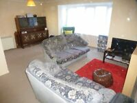 A large two double bedroom split level modern flat located close to Peckham Rye.