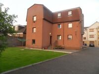 1 Bedroom Flat, newly decorated, private car park-to rent in Miller Rd., Dunfermline,Fife £400 pcm