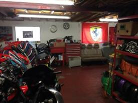 Motorcycle motorbike scooter mechanic in Waltham cross Herts London courier collection etc