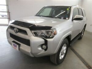 2015 Toyota 4Runner SR5! 4x4! BACK-UP CAM! ALLOYS! NAV! LEATHER!