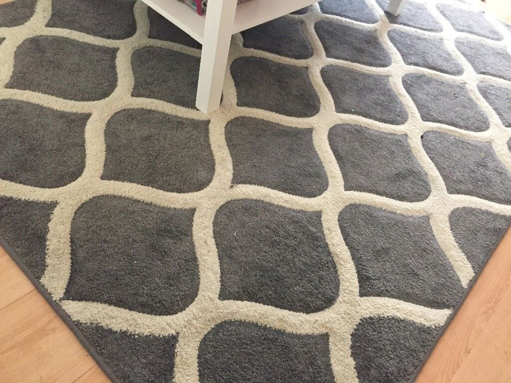 Clean rug for sale
