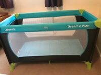 LIKE NEW - Travel Cot. Hauck Dream'n'Play 120x60cm EXCELLENT CONDITION.