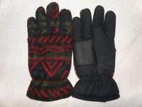 One pair of winter gloves - Medium -