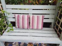 x2 Waterproof outdoor cushions
