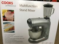 Cooks Professional Stand Mixer NEW some damage to box