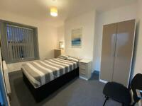 Double Room with Private Study Room Ideal for working from home