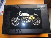 Norton Manx 500 (Ray Petty - 1960) Diecast Model Motorcycle by Minichamps. £140