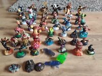 Skylander figures and crystals