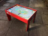 WOW children's play table