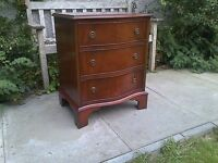 A Bevan Funnell Reprodux Serpentine Antique Style Chest of Drawers ~ Mahogany