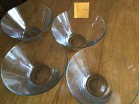 4 large glass salad or fruit bowls