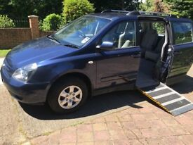 Kia Sedona 2.9 Side Entry Ride Up Front Disabled Wheelchair Adapted Vehicle WAV Full Service History