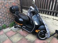 IMMACULATE VESPA SUPER SPORT 300ie ABS LOW MILAGE TWO OWNERS FROM NEW