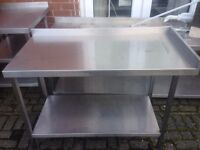 Stainless Steel Table With Shelf Underneath 120cm wide x 60cm Deep x 84cm High Excellent Condition