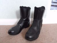 Men's TCX Touring Motorcycle Boots Size 8, EUR42.
