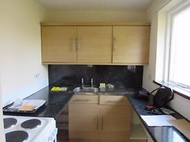 Studio Flat to let - recently refurbished throughout to a high standard - Clevedon