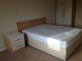 Double bedroom offered in Hounslow West