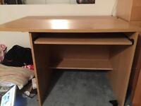 Wood desk only 5$