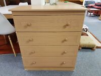 Lovely condition chest of 4 drawers
