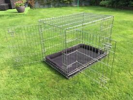 Large heavy duty dog crate and mat