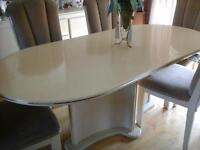 IVORY LAQUER DINING TABLE - TABLE CUISINE LAQUER IVOIRE