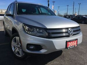 2014 Volkswagen Tiguan Comfortline, Leather, Sunroof, Heated Sea