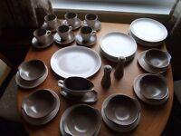 Poole pottery dinner service - 41 pieces sepia/mushroom